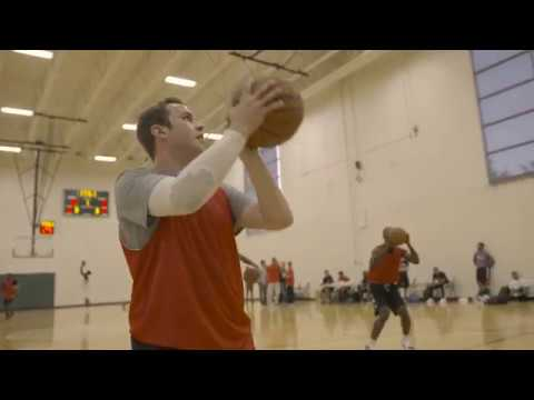 Bulls Fan Tries Out For Windy City Bulls