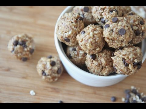 no-bake-healthy-granola-energy-bites-recipe-(peanut-butter-chocolate)