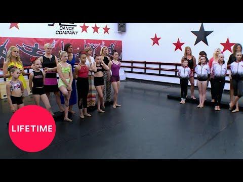 Download Dance Moms: Dance Digest - First Ladies vs. America Gone (Season 4) | Lifetime