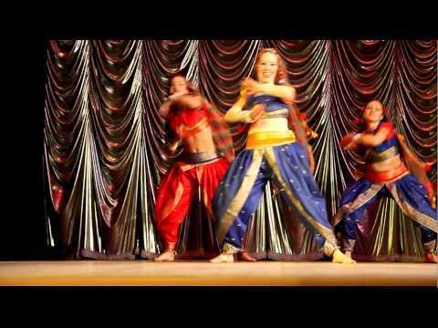 Indian Dance Aa Tayar Hoja Индийский Танец А Таяр