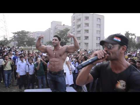 India's Best Body Builder Virendra Singh Ghuman Performing with EPIE Entertainment.