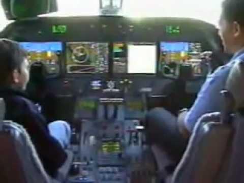 Gulfstream G-550 @ avex .kalido in cockpit