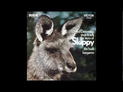 Kerry O'Keeffe & Harsha Bhogle - Skippy The Bush Kangaroo ABC cricket commentary