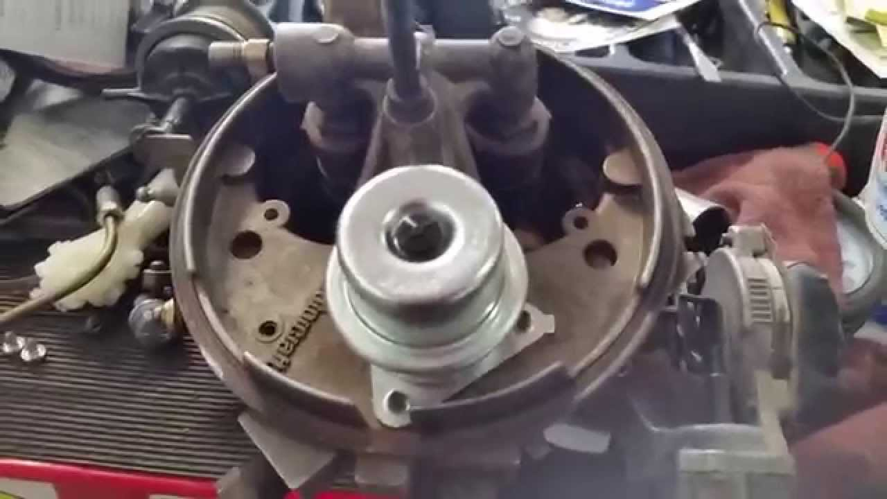 Replacing The Fuel Pressure Regulator On Danny S 1985