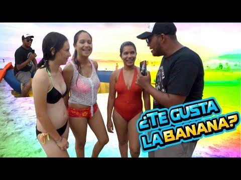 Preguntas en la playa de Tela - Honduras