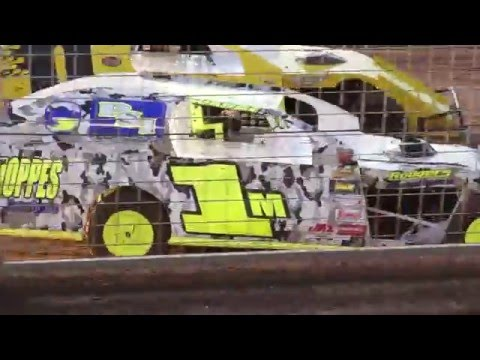 Mark Wauge IMCA modified Heat race win at Southern Oregon Speedway (Part 1)