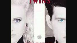 Watch Thompson Twins Dancing In Your Shoes video