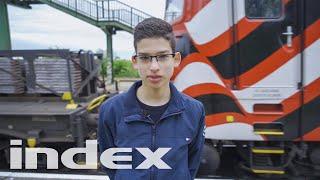 Download Mp3 14 évesen Oldja Meg A Település Problémáit