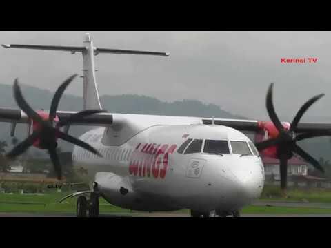 Aktifitas Wings Air Di Bandara Depati Parbo, Kerinci, Jambi