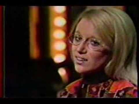 Jennifer Warnes - Easy To Be Hard