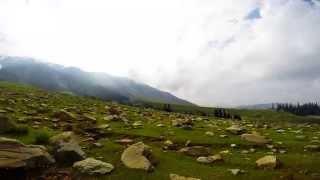 Туры в Индию. Путешествие по Гималаям. Гульмарг. Gulmarg(В этой серии мы побываем на популярном лыжном курорте Гульмарг, на котором установлена самая высокая канат..., 2014-09-14T06:04:01.000Z)