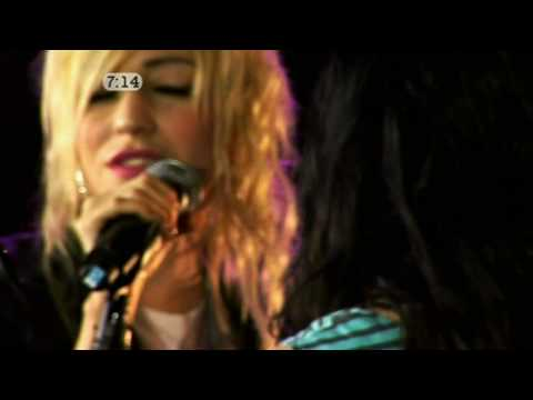 [HD] The Veronicas - Untouched (FS 2009)