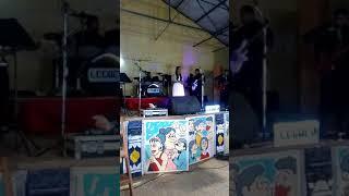 Bai Andrea pearl Silva (daughter of Anthony de Maina) singing the wedding toast song