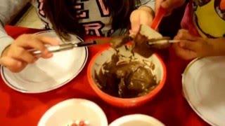 How to make reindeer oreo cookies!