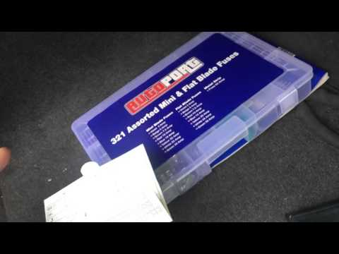 How to change a cigarette lighter fuse in a BMW 120d E87 variant