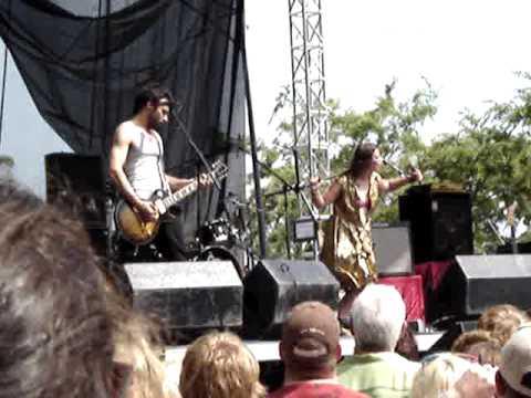 Ida Maria - Oh my God (Live) @ Lollapalooza 2009 (Chicago, IL)