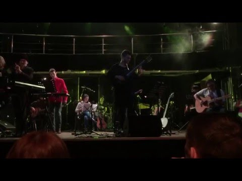 Mike Oldfield — Sentinel (live In St. Petersburg Performed By More Than 20 Local Musicians)