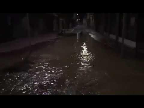Reventón de una tubería anoche en Valladolid