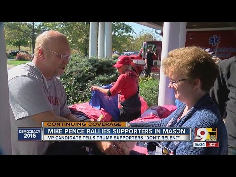 Republican vice presidential candidate Mike Pence rallies supporters in Mason