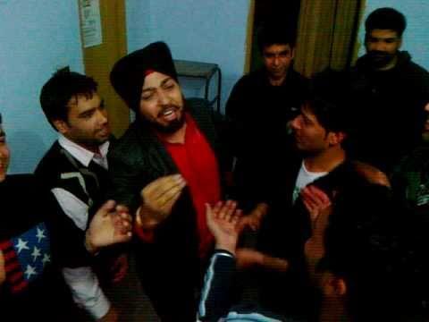 mere chote vir de hon di khushi ch 1 choti ji party... :) 5