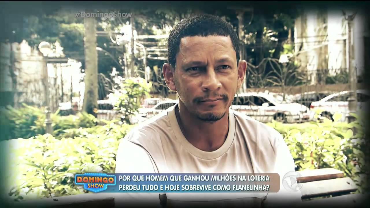 Homem que ganhou R$ 30 milhões na loteria hoje sobrevive como flanelinha - YouTube