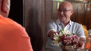 Klaas in gesprek met Hans Christiaans.