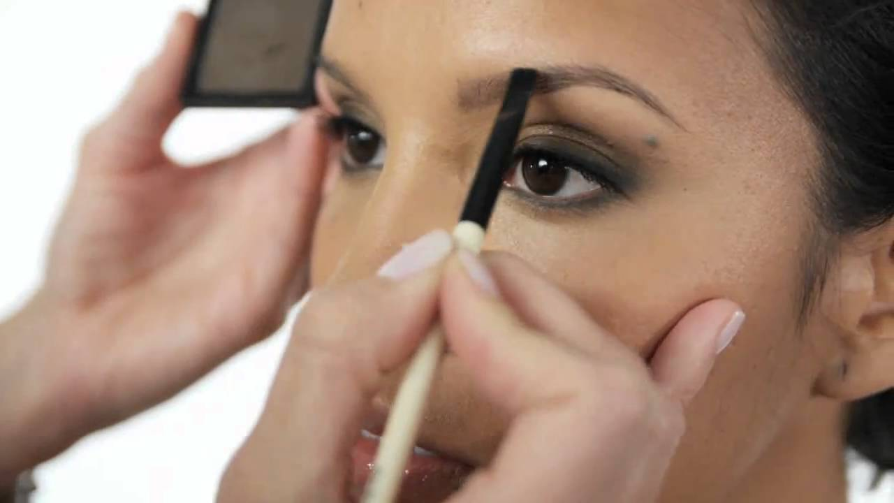 Bobbi Brown How-To: Eye Brows - YouTube