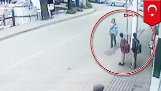 Bohater z Turcji ratuje trójkę ludzi podczas groźnego wypadku