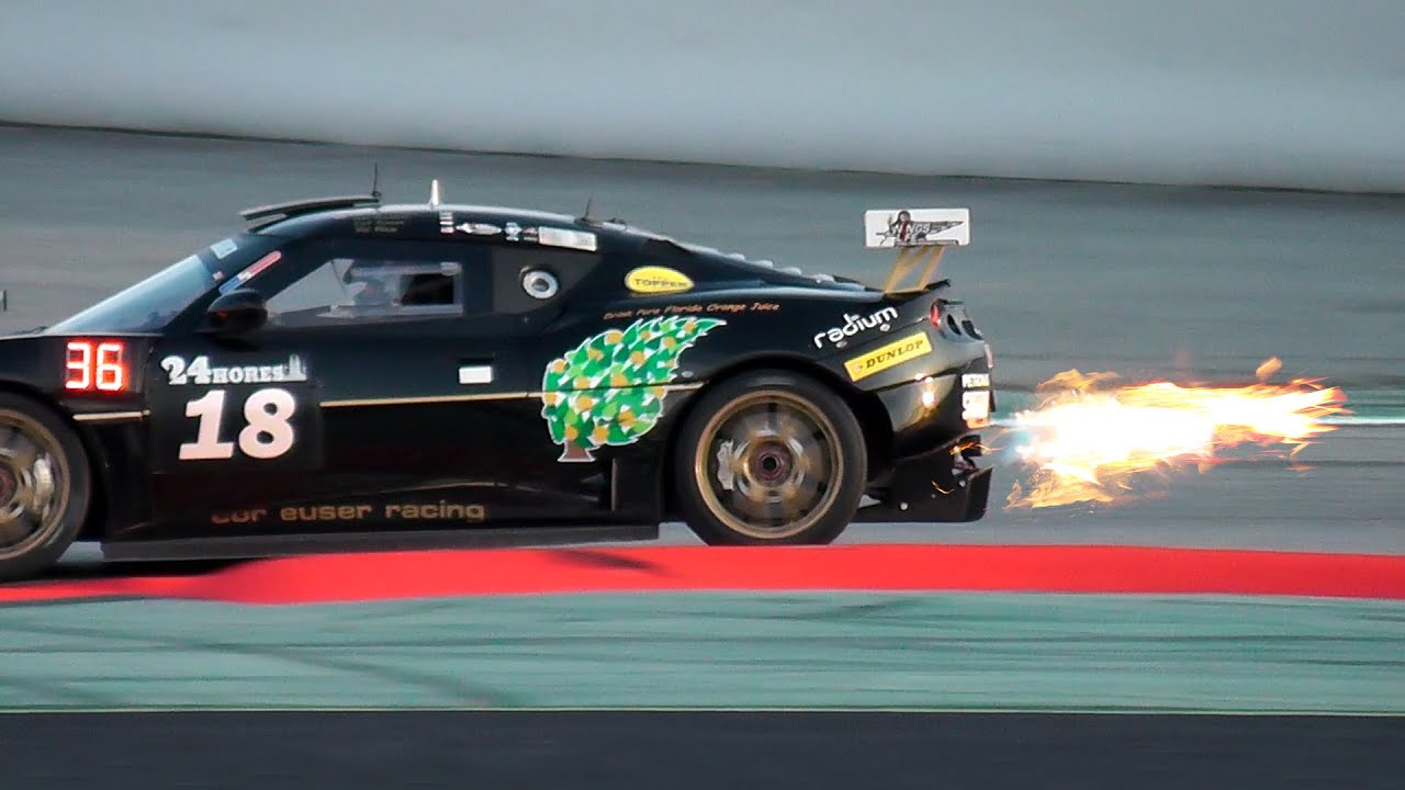 CAR EXHAUST FLAMES / Race car flamethrower - YouTube