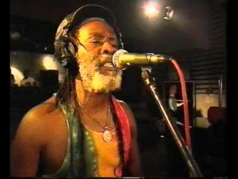 Burning Spear - 2 Meter Sessies (Studio Live) - 02 Slavery Days(Posted by Da-Haille)