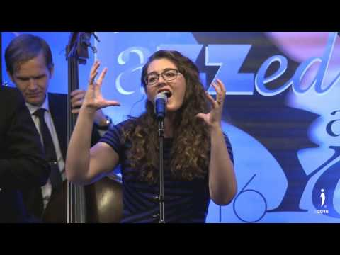 "Mandy Harvey: ""What a Wonderful World"" - IDA Awards Gala"