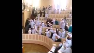 Арабы и Украинцы подрались в институт