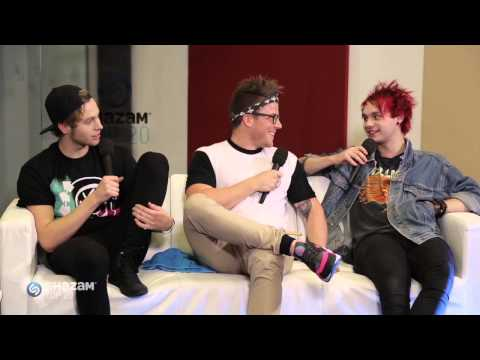 5SOS'S Calum Takes Over An Interview + Luke Reveals The Surprising Secret To His High Kick!