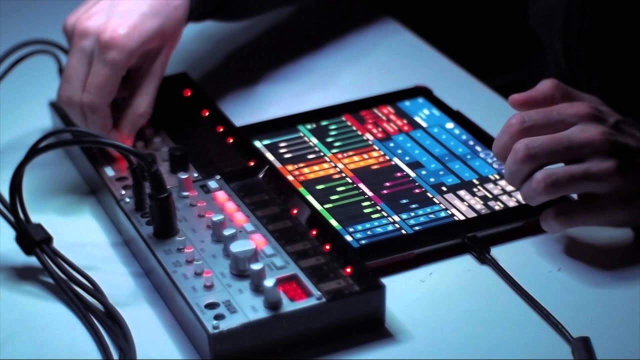 Live Homestudio Jam with Korg Volcas + iPad
