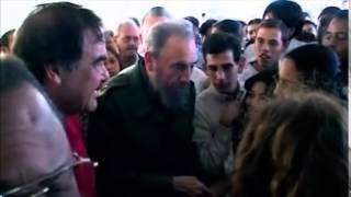 """El yerberito llegó"" Comandante (2003) - Oliver Stone"