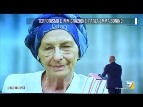 "Emma Bonino a La Gabbia: ""Ero straniero fa bene alla nostra economia, fa bene alla nostra sicurezza"