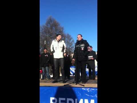 Выступление братьев Запашных в поддержку В.Путина.MOV