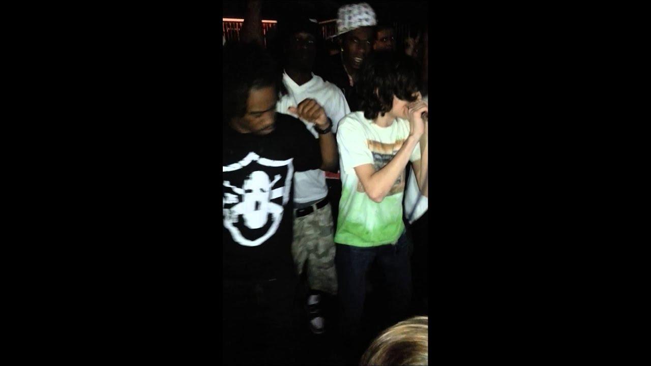 Lyric pouya get buck lyrics : Pouya- Hold Up prod. By Thats Creep live - YouTube