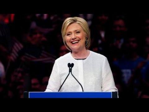 Poll: Clinton's lead grows