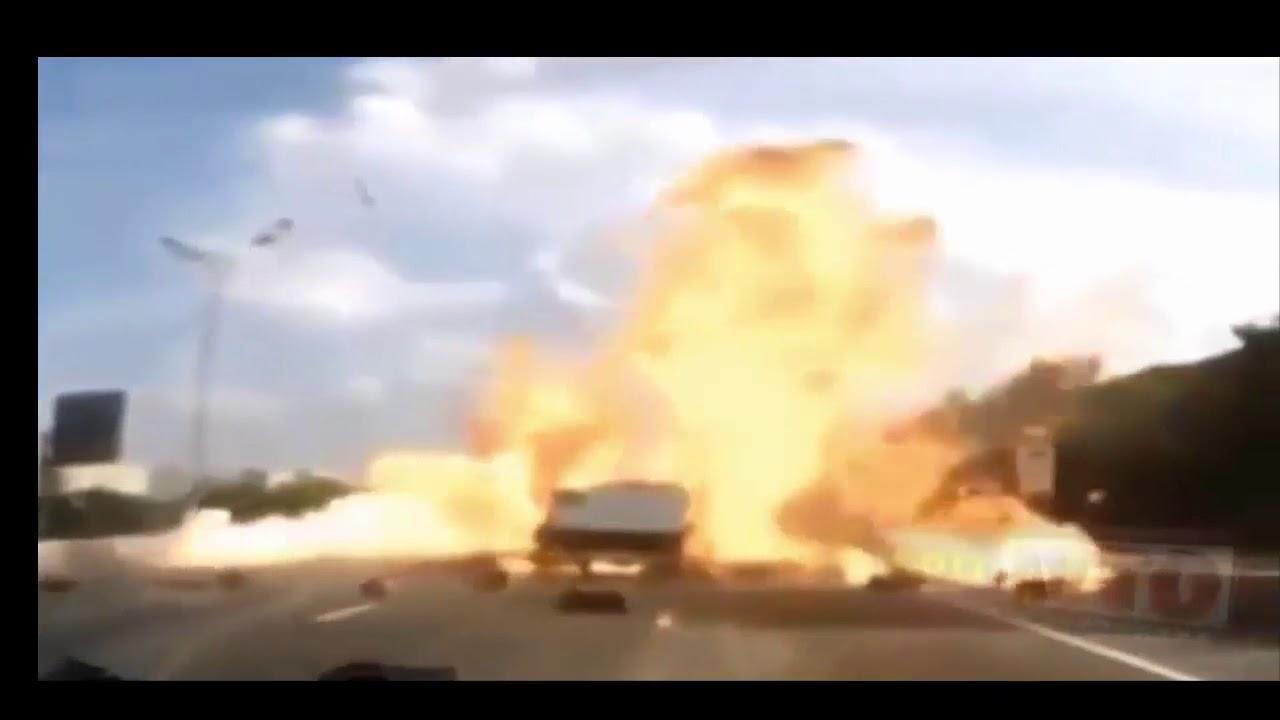 Приколы на дороге! ДТП!! Бабы за рулем!