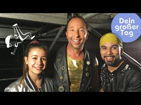 Tanzen - Selin performt mit DJ Bobo vor großem Publikum | Dein großer Tag | SWR Kindernetz