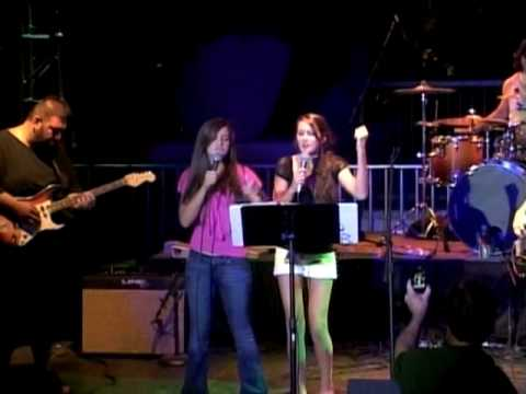 Danielle & Destiny sing I Kissed A Girl (Katy Perry)