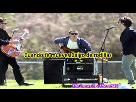 Jonas Brothers Pom Poms (traducida al español)