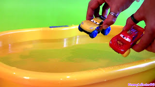 CARS Hydro Wheels Lightning McQueen Francesco Bernoulli Max Schnell Disney Pixar Water Toys
