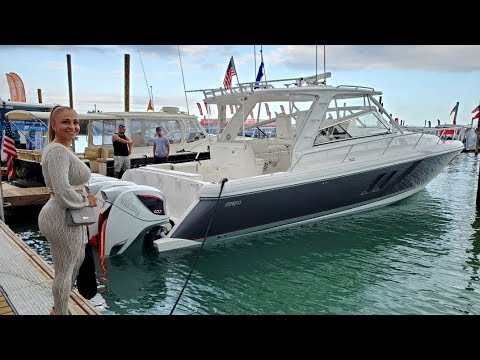 Took A Boat Ride At The Miami Boat Show 2020 P4