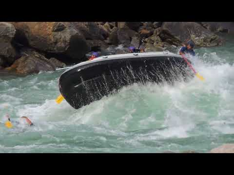 rishikesh river rafting boat flip accident full original video and rescue work successful