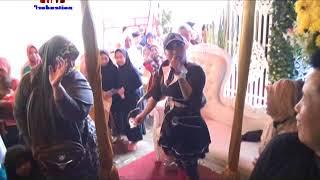 Goyang Heboh . Penari Ular . Dewi Anis . Live Melani Nada