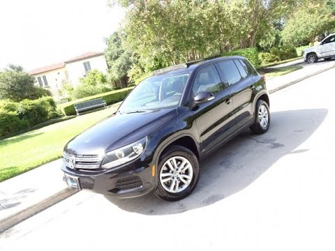 2012 Volkswagen Tiguan 2WD 4dr Auto SE (San Antonio, Texas)
