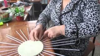 Изготовление корзинки из газетных трубочек
