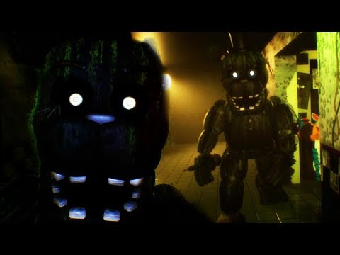 CHASED  PHANTOM FREDDY! WE HAVE TO FIND THE SAFE ROOM  FNAF 3D FREE ROAM Five Nights at Freddys